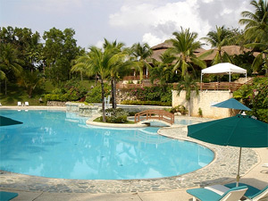 Pool-side shot of the Alegre Beach Resort.
