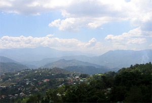 Photo of the view that you can see from Mines View Park in Baguio City.
