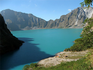 Photo of the crater lake of Mount Pinatubo from the northern rim.