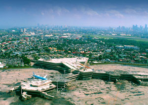 Aerial photo of the Terminal 1 building of NAIA.