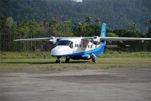 Plane at the tarmac of El Nido Airport