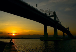 Side-view photo of Marcelo B. Fernan Bridge, taken by Dr. Christian Enricuso